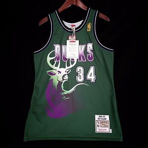 100% Authentic Ray Allen Mitchell Ness Bucks Jersey Size M 40 Mens ... 5a9a238df089