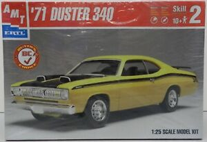 1971-71-PLYMOUTH-DUSTER-340-YELLOW-SCOOPS-WEDGE-MOPAR-FS-AMT-MODEL-KIT