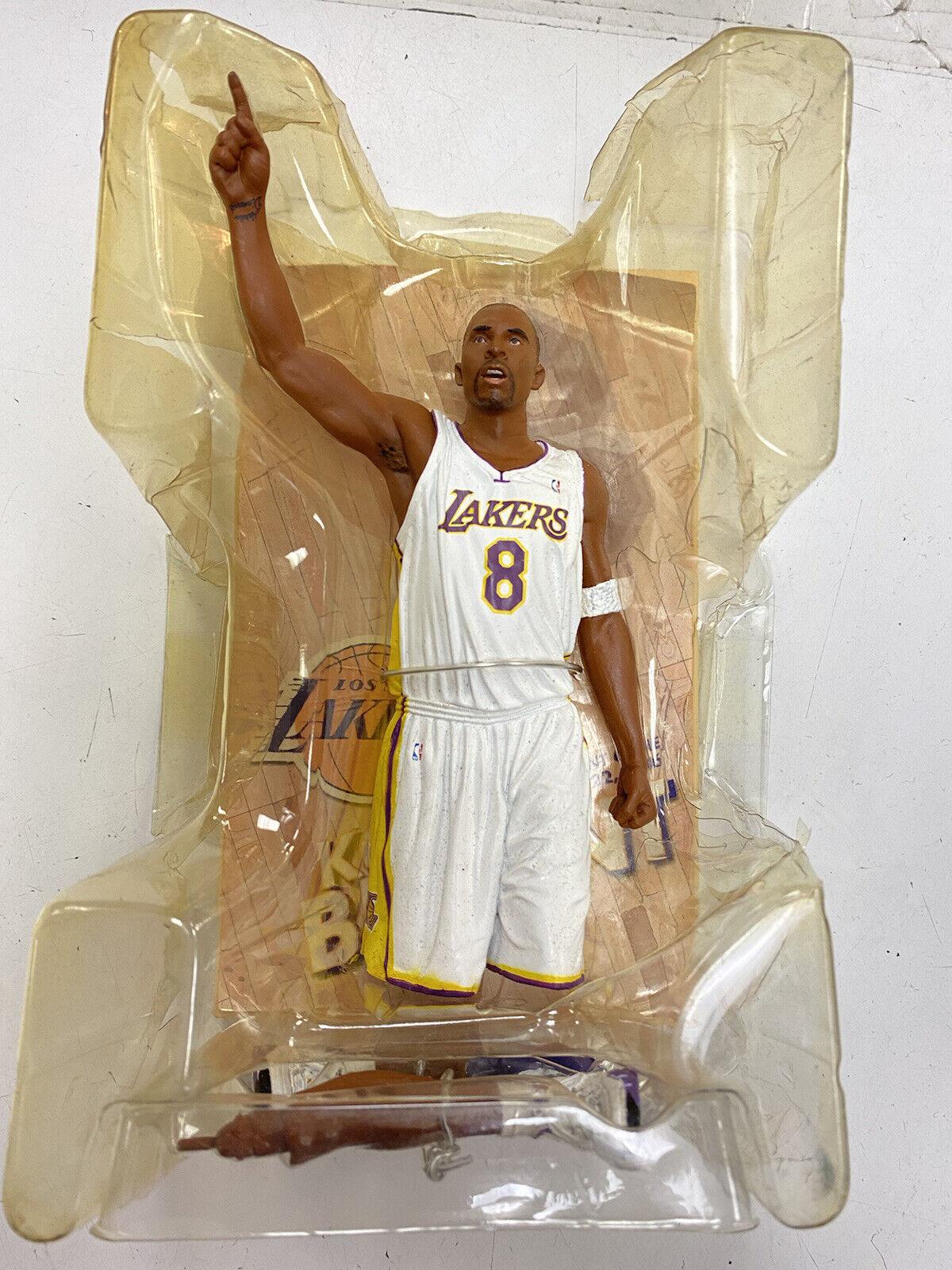 Kobe Bryant 81 point jeu McFarlane Figure maillot blanc 2006 LA Lakers