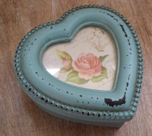 Trinket Box Photo Frame Top Vintage Chic Style Shabby Paint Heart Jewellery