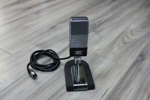 Bob-Heil-Rock-And-Roll-Hall-Of-Fame-Limited-Edition-Microphone-065-500