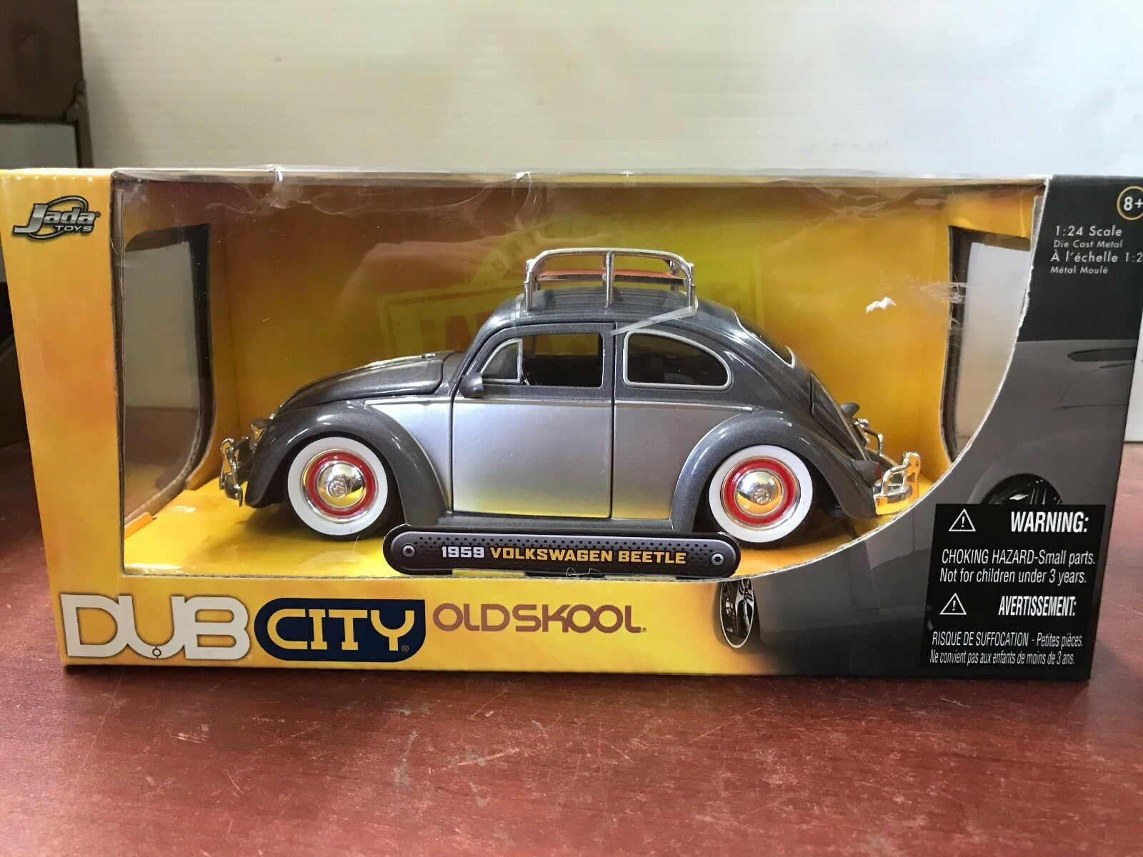 DIE CAST COLLECTIBLE DUB CITY  '59 VOLKSWAGEN BEETLE COLLECTION 1 24