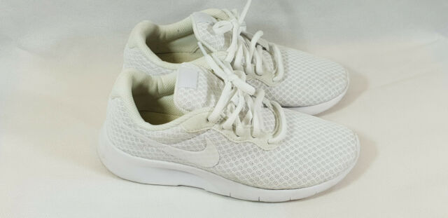 ce1c9d99c179 Nike Tanjun Youth Womens Trainers UK Size 5 for sale online
