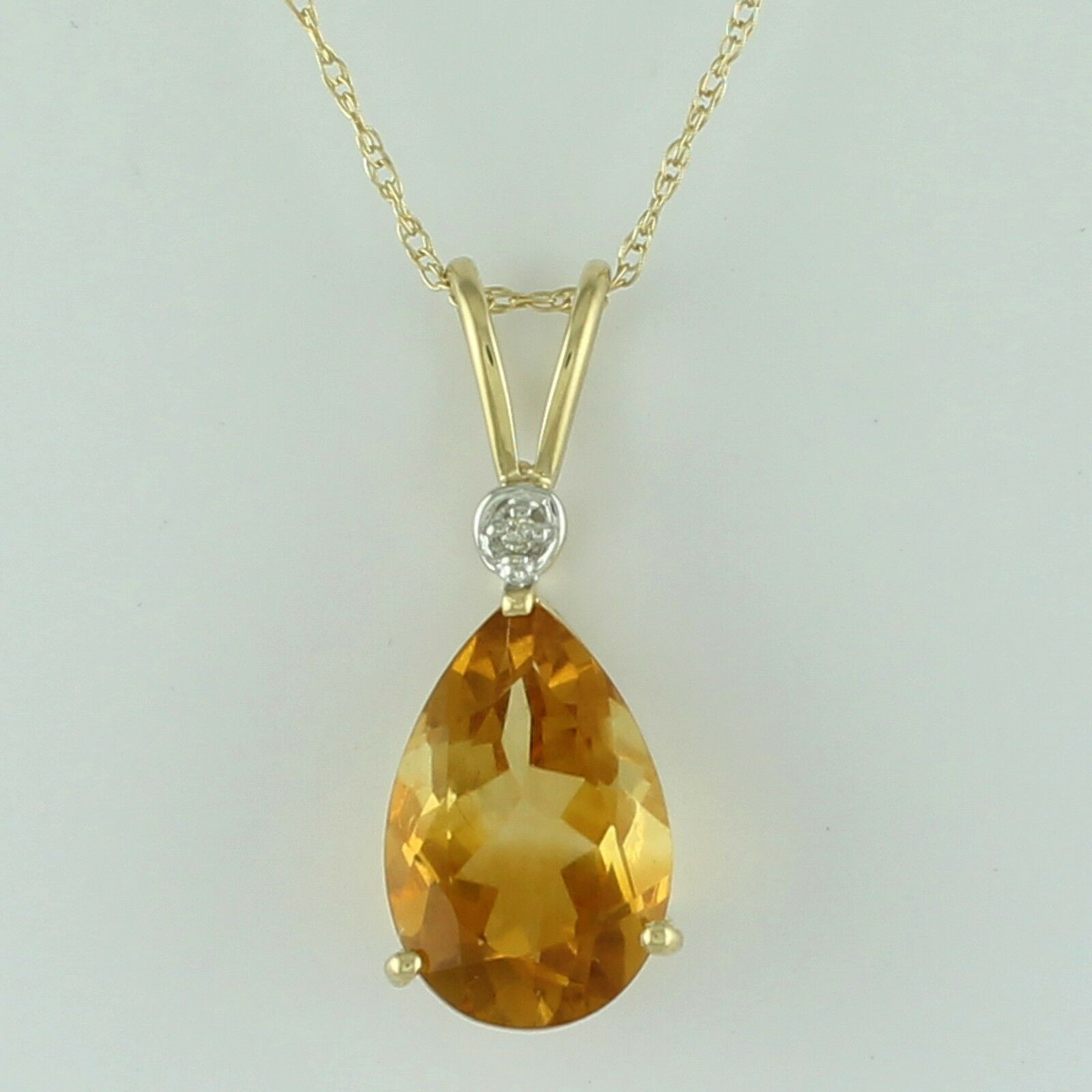 Citrine 2.33 Ct Natural Pendant 10K Yellow gold Whit Diamond Occasion Jewelry