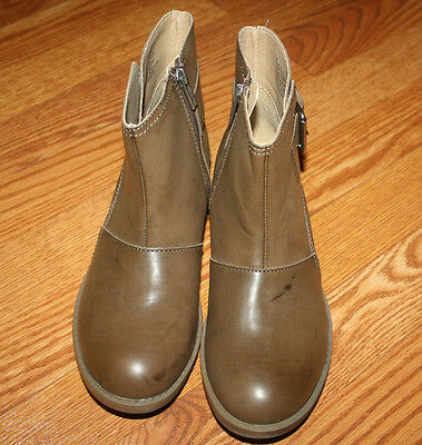 NEW Womens Kenneth Cole Reaction Brown Doll Face Bootie Ankle Boots Size 7
