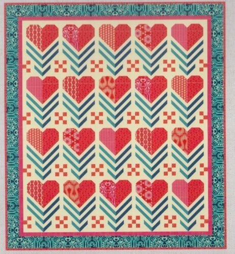 Hello Love fabulous modern pieced quilt PATTERN Heather Bailey