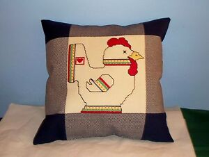 NEW-FINISHED-BLUE-CHICKEN-ROOSTER-COUNTRY-PILLOW-CROSS-STITCH-HOPSCOTCH-FABRIC