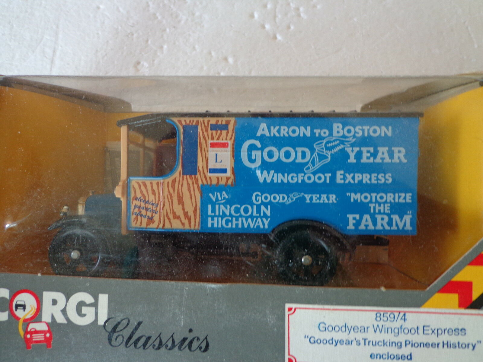 CORGI CLASSIC'S MODEL A GOODYEAR WINGFOOT EXPRESS DELIVERY