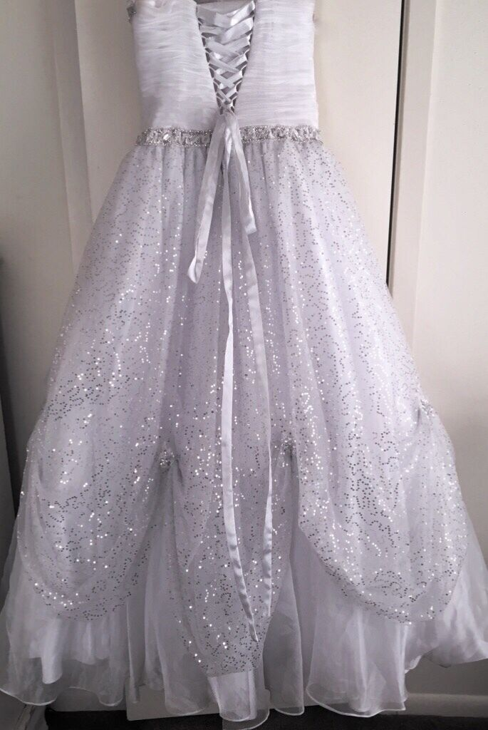 white ball gown - image 2