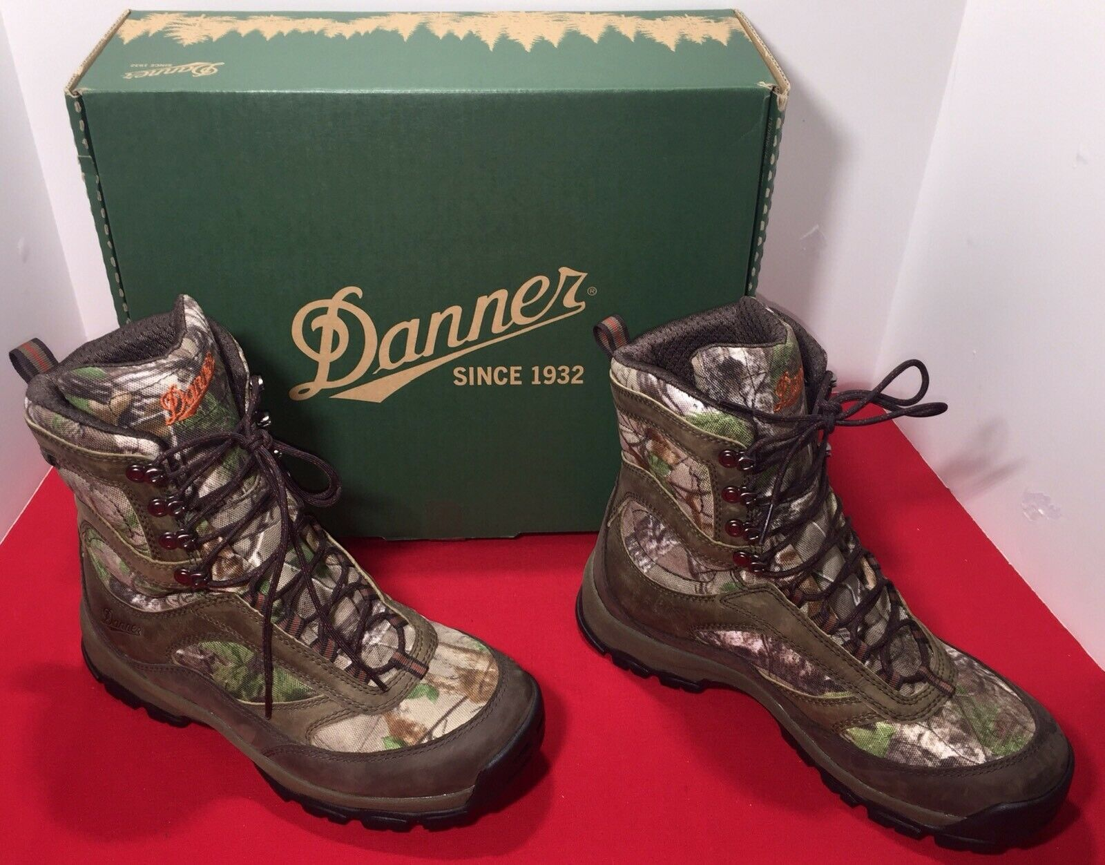 Danner Men's High Ground 8  Realtree Xtra Hunting Boot, Brown  Green, Size 8
