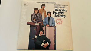 BEATLES Yesterday And Today CAPITOL LP #