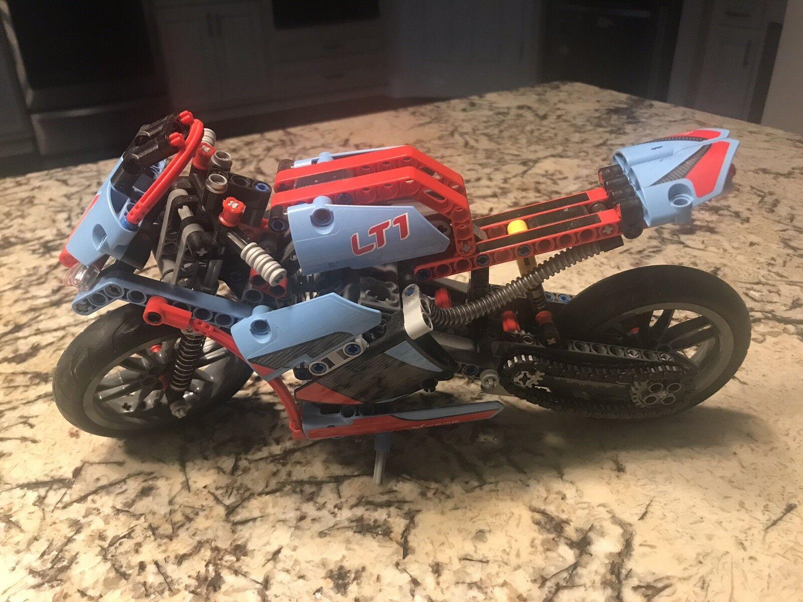 Lego Technic 42036 2 In 1 Street Motorcycle