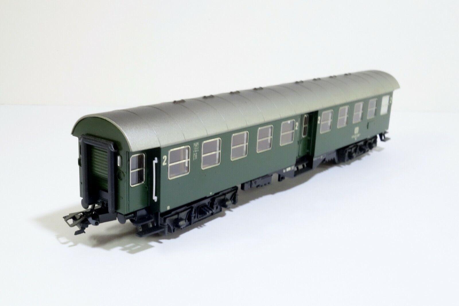 Marklin DB 2nd Class Passenger Car HO Scale Train Car Model Boxed
