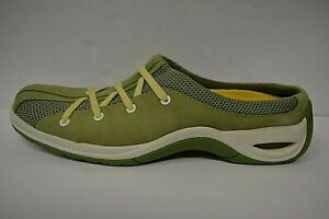 Womens Cole Haan Air bubble sole Green