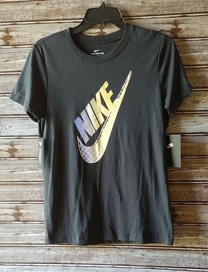 Nike Women's Small Graphic Swoosh Logo Crew Neck Standard Fit Tee NEW