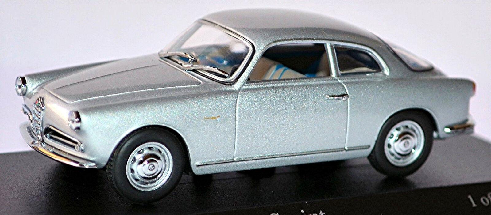 Alfa Romeo Giulietta Sprint Coupé 1954-59 Argent Métallique 1 43 Minichamps