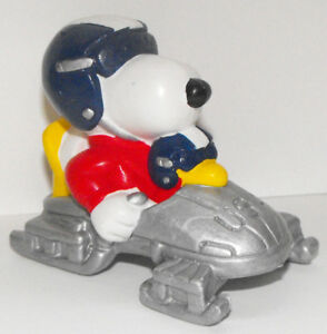 Bobsled-Snoopy-and-Woodstock-Olympic-Figurine-2-inch-Peanuts-Figure-SNP026