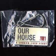 OUR HOUSE MADNESS MUSICAL - OFFICIAL ENAMEL / CHROME KEYRING - SUGGS TWO 2 TONE