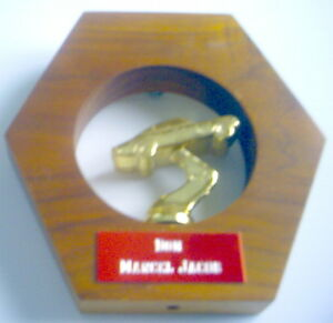 VINTAGE-1970-80s-MOLSON-BEER-TROPHY-5-INCHES