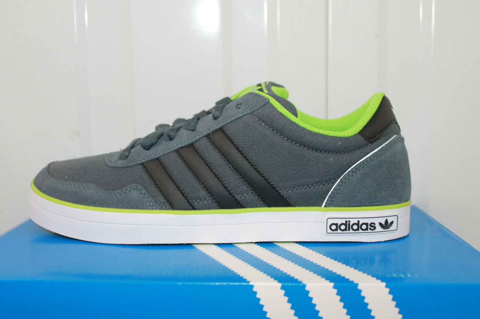 ADIDAS ORIGINALS V400 DARK grau   schwarz MEN,S TRAINERS Q33756