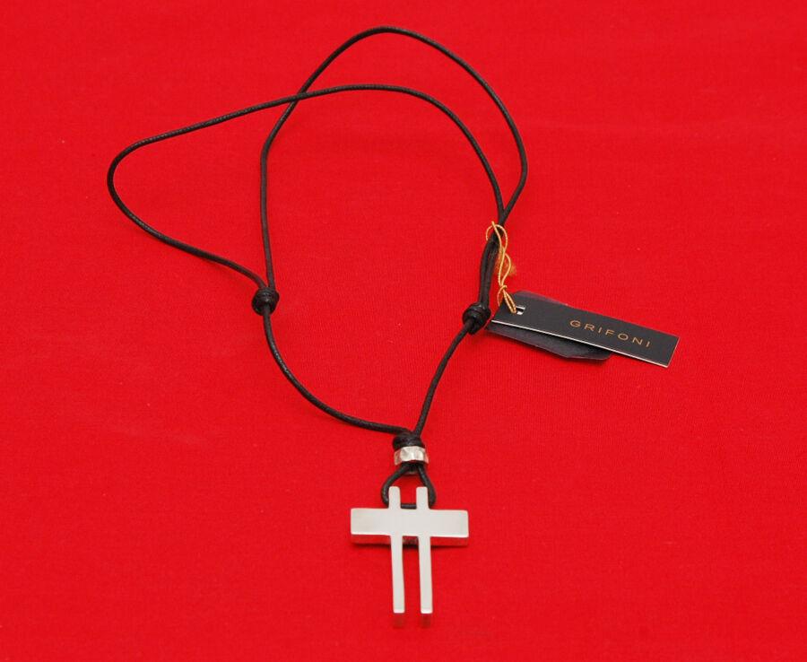 Grifoni girocollo in tessuto black con pendente a croce in silver 925