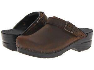 Women-039-s-Dansko-Ingrid-Clogs-Brown-Antique-Brown-Oiled-Leather
