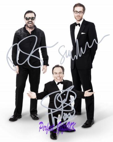 Ricky Gervais Stephen Merchant Warwick Davis SIGNED 10X8 REPRO PHOTO PRNT Extras