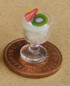 1-12-Scale-Vanilla-Fruit-Ice-Cream-Sundae-Dolls-House-Miniature-Accessory-I39