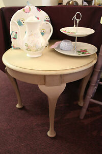Shabby Chic Vintage Style Upcycled Round Coffee Side Table In Annie Sloan Ebay