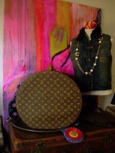 f3d45f2a604 Ultra RARE Vintage LOUIS VUITTON Hat Box Chapeaux Boite Luggage ...