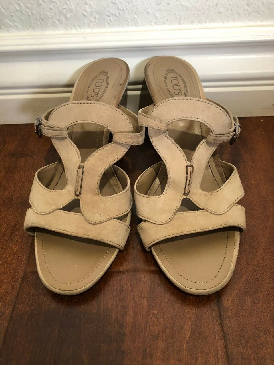 TODS Womens Tan  Suede Hells  Sandales Made In  Size 7.5 Us 38 Eu