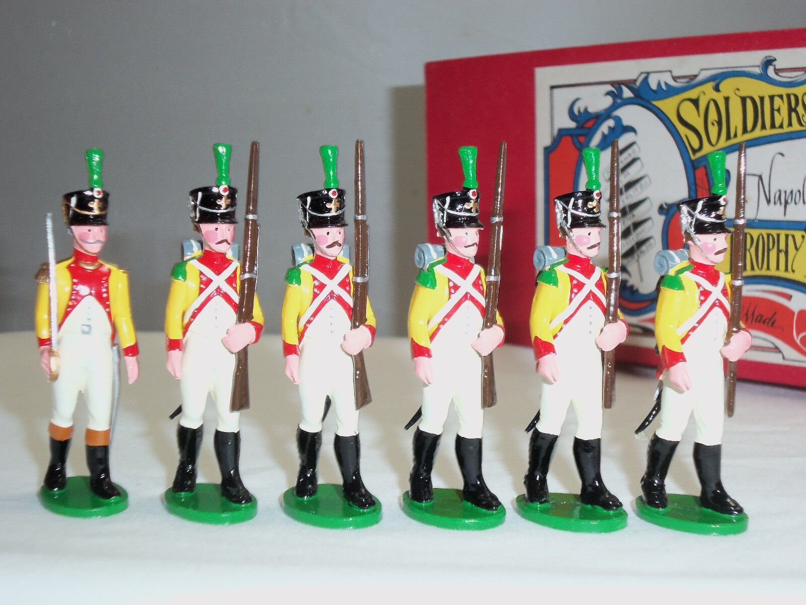 TROPHY MINIATURES NP1A8 VOLTIGEURS OF NEUCHATEL OFFICER + PRIVATES FIGURE SET