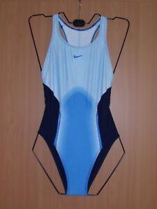Das Bild wird geladen Nike-Damen-Badeanzug-Schwimmanzug -Schwimmerruecken-navy-hellblau-blau- cdcb2e90cd