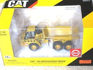 Caterpillar-1-50-scale-Cat-725-Articulated-Truck-Norscot-Scale-Models-55073