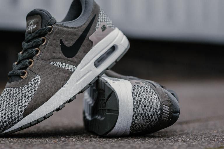 Nike AIR MAX pari a se zero se a GS Scarpe da ginnastica in esecuzione Scarpe Scarpe da Ginnastica 917864 005 e310d7