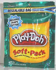 PLAY-DOH SOFT PACK: DOUGH AND SHAPE CUTTER 8 0Z PLAYDOH &TOOL SET GREEN