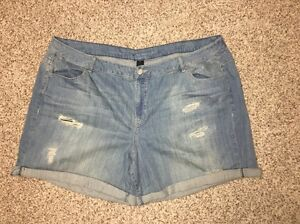 Lane-Bryant-Jean-Shorts-Denim-Plus-Size-28-Weekend-Womens-NWOT
