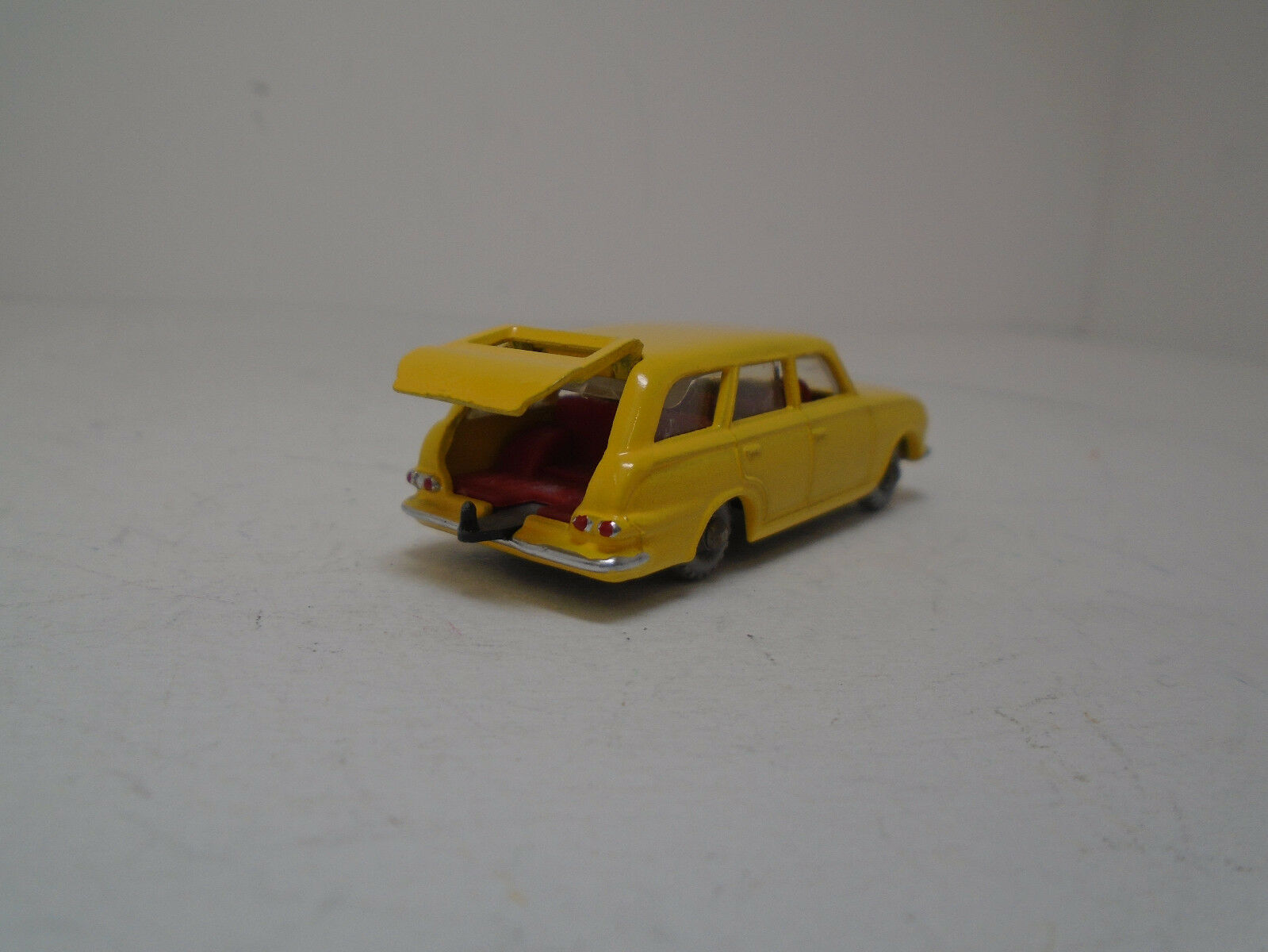 MOKO LESNEY MATCHBOX B VAUXHALL VICTOR ESTATE CAR RARE GPW, RESTORED-MODIFIED