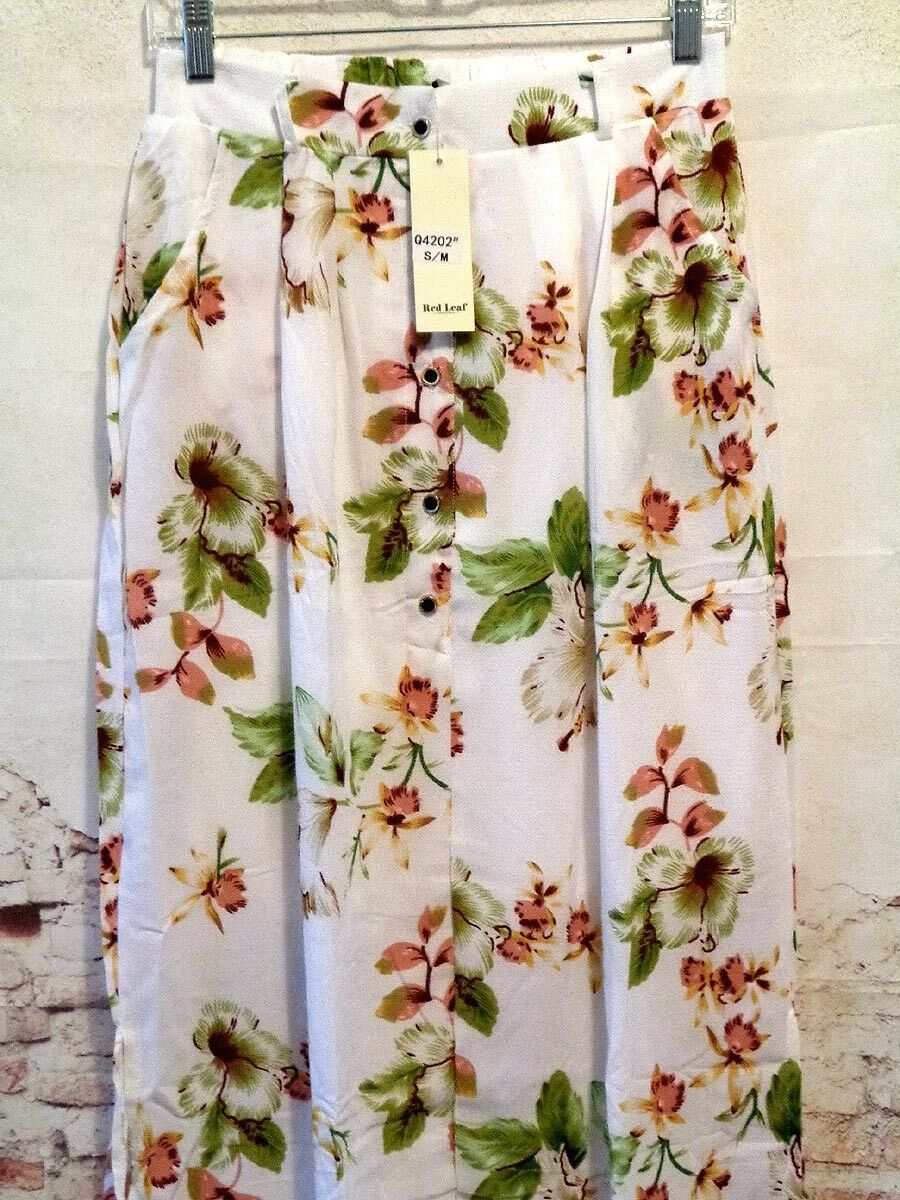 Maxi Skirt Stylish Cream Color with Floral Print size S