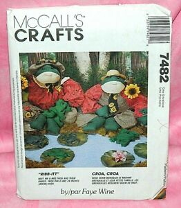 Uncut-McCalls-Crafts-Faye-Wine-24-034-Stuffed-Frog-Dolls-amp-Babies-Pattern-7482