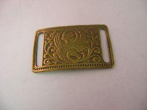 Very-Cute-Small-Vintage-Brass-Buckel-Like-Insert-Accent-Piece