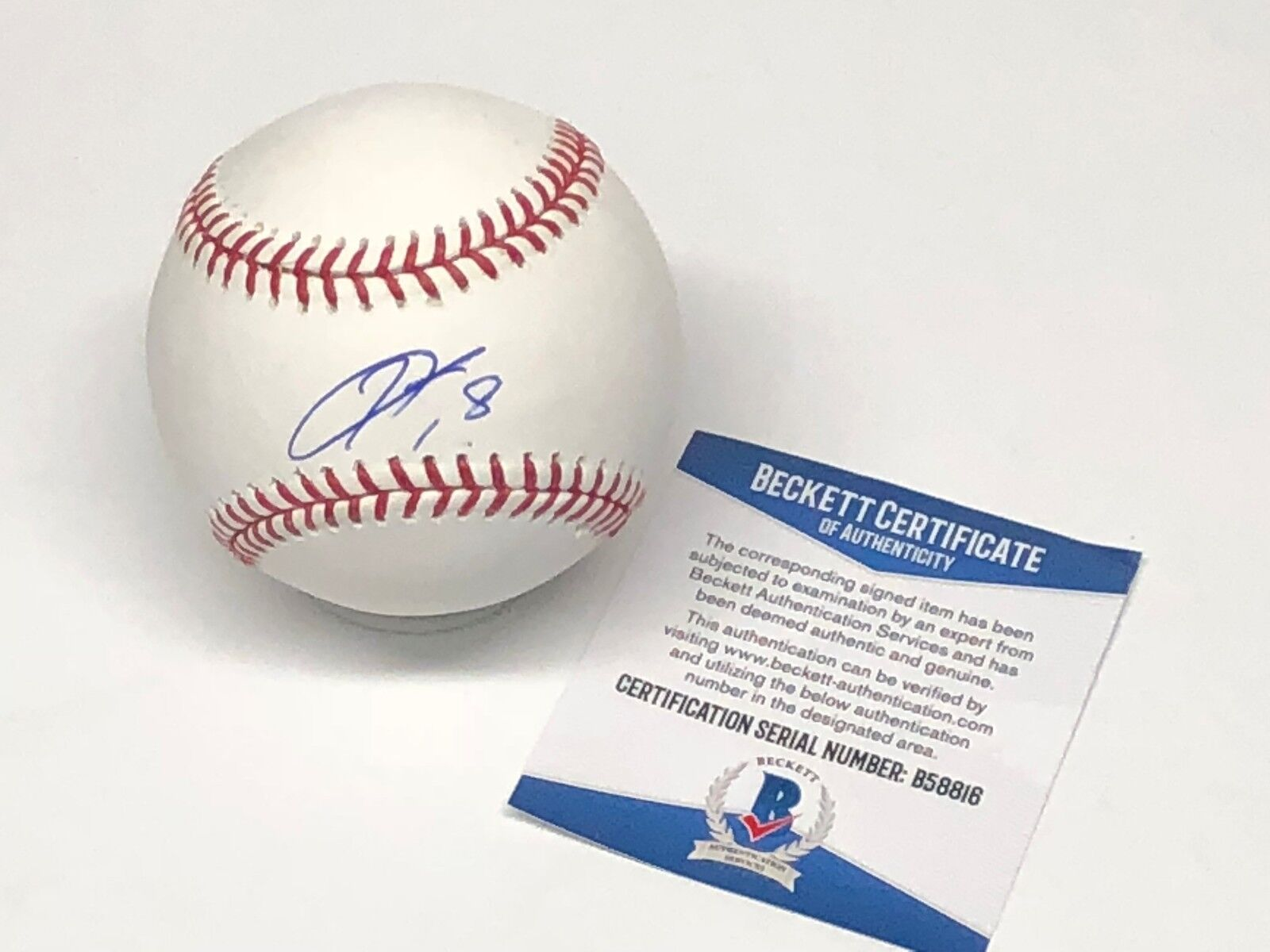 Kenta Maeda Signed Major League Baseball MLB *Dodgers Beckett BAS B58816