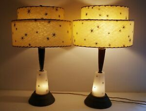 MID-CENTURY-MODERN-ATOMIC-STARBURST-PAIR-OF-LAMPS-ORIGINAL-FIBERGLASS-SHADES