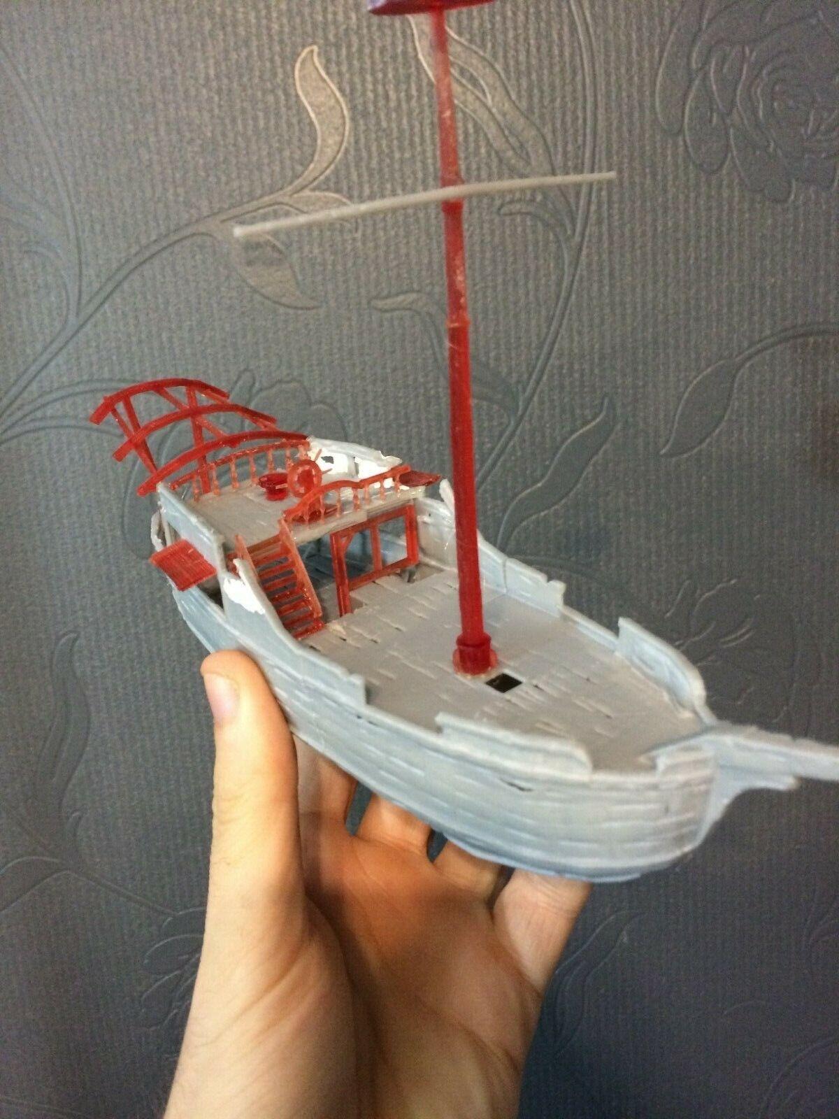 Sea of Thieves  Sloop Model Kit