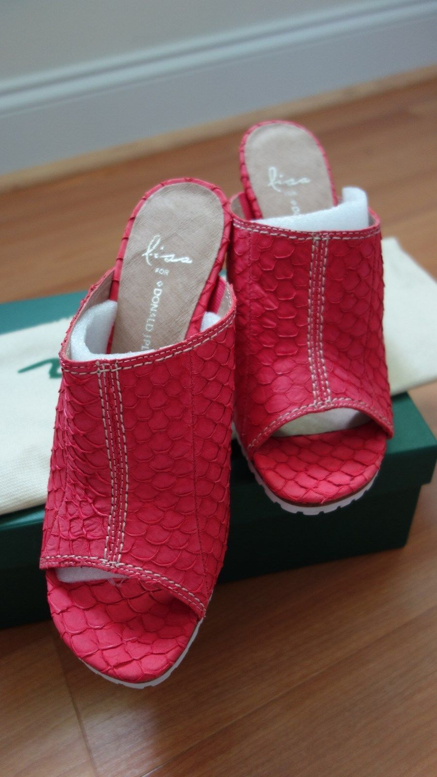 NEW LISA for DONALD DONALD DONALD J PLINER CORAL ISHI FISH LEATHER WOMEN'S Schuhe sz. 8 M fcf8bf