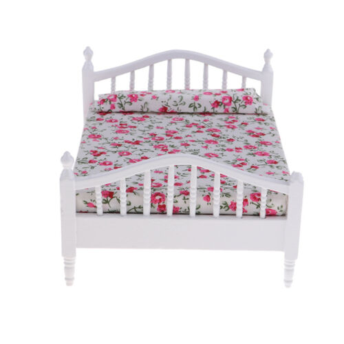 1//12 Dollhouse Bedroom Furniture Miniature Wooden Bed with Floral Pillow Toy