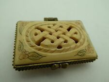 Trinket Box Pill Tibetan Endless Knot Painted Water Buffalo Hand Carved Natural