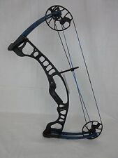 Hoyt Ignite Right Hand Black / Shed Blue 30-70lbs 19-30in.