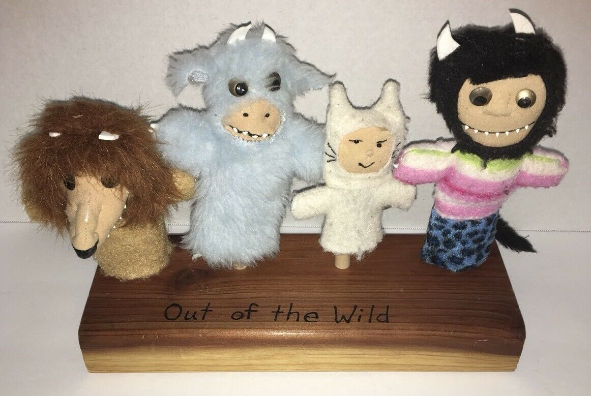 Where The Wild Things Are Finger Puppets Complete Set Maurice Sendak Wood C3