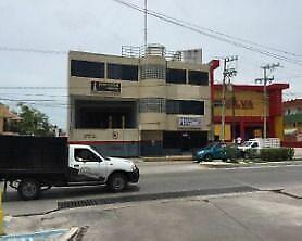 Bodega y oficinas en renta cerca del puerto pesquero